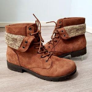 Arizona Jean Co brown lace up low heel booties